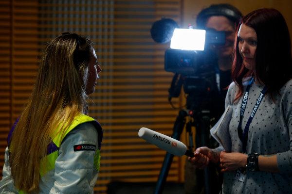 Shea Holbrook (USA), talks to the press