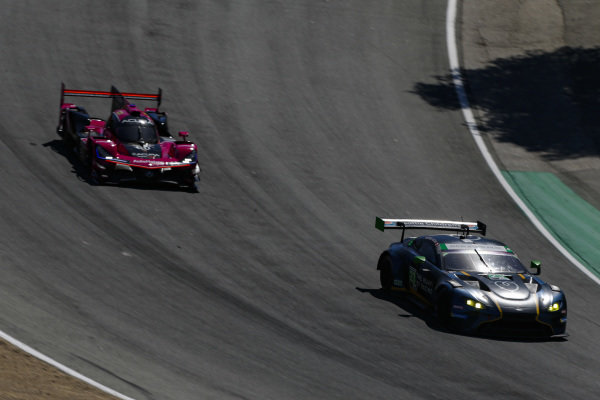 #23: Heart Of Racing Team Aston Martin Vantage GT3, GTD: Ross Gunn, Roman De Angelis