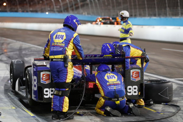 Verizon IndyCar Series Desert Diamond West Valley Phoenix Grand Prix Phoenix Raceway, Avondale, AZ USA Saturday 29 April 2017 Alexander Rossi, Andretti Herta Autosport with Curb-Agajanian Honda pit stop World Copyright: Michael L. Levitt LAT Images