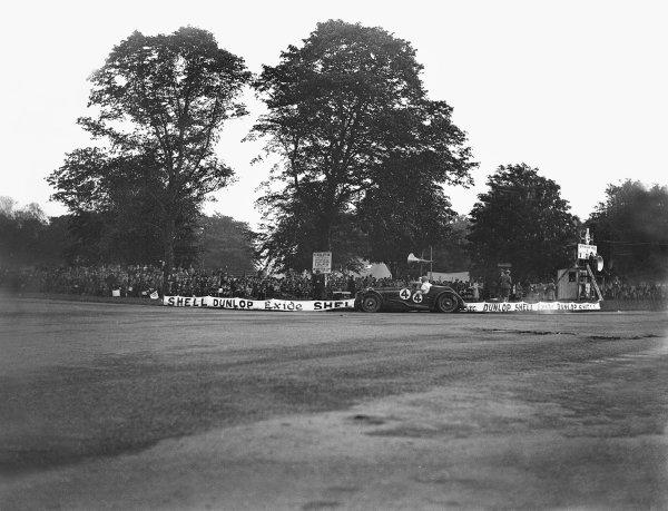 1931 Irish International Grand Prix. Phoenix Park, Dublin, Ireland. 5th - 6th June 1931. Maserati, action.  World Copyright: LAT Photographic.  Ref:  Autocar Glass Plate B6625.