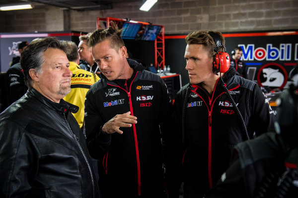 2017 Supercars Championship Round 11.  Bathurst 1000, Mount Panorama, New South Wales, Australia. Tuesday 3rd October to Sunday 8th October 2017. Michael Andretti, Andretti Autosport, James Courtney, Walkinshaw Racing, Ryan Walkinshaw, Walkinshaw Racing. World Copyright: Daniel Kalisz/LAT Images Ref: Digital Image 061017_VASCR11_DKIMG_4713.jpg