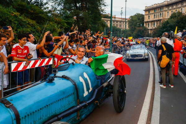 Autodromo Nazionale di Monza, Italy. Thursday 31 August 2017. Bugatti T35, at the parade in Milan. World Copyright: Steven Tee/LAT Images  ref: Digital Image _R3I2611