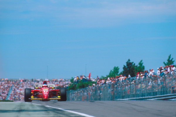 Montreal, Quebec, Canada.9-11 June 1995.Jean Alesi (Ferrari 412T2) 1st position for his maiden Grand Prix win.Ref-95 CAN 11.World Copyright - LAT Photographic