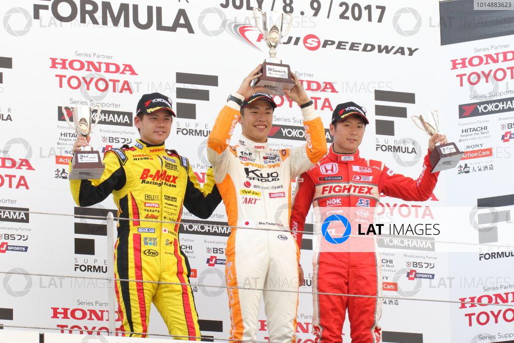 2017 Japanese Formula 3 Championship. Fuji, Japan. 8th - 9th July 2017. Rd 12 & 13. Rd13 Winner Sho Tsuboi ( #1 Corolla Chukyo Kuo TOM?S F317 ) 2nd position Mitsunori Takaboshi ( #23 B-MAX NDDP F3 ) 3rd position Hiroki Otsu ( #2 TODA RACING ) podium portrait World Copyright: Yasushi Ishihara / LAT Images. Ref: 2017JF3_Rd12&13_010
