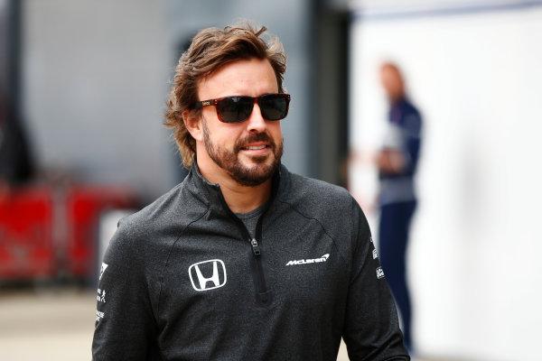 Silverstone, Northamptonshire, UK.  Sunday 16 July 2017. Fernando Alonso, McLaren.  World Copyright: Andy Hone/LAT Images  ref: Digital Image _ONY7563