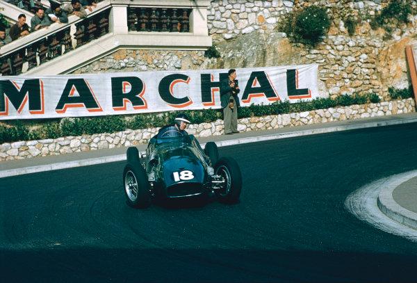 1955 Monaco Grand Prix. Monte Carlo, Monaco. 19-22 May 1955. Mike Hawthorn (Vanwall VW1) at Station Hairpin. Ref-55 MON 01. World Copyright - LAT Photographic