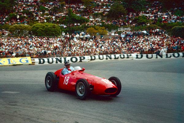 1956 Monaco Grand Prix.Monte Carlo, Monaco.10-13 May 1956.Horace Gould (Maserati 250F) 8th position.Ref-56 MON 11.World Copyright - LAT Photographic