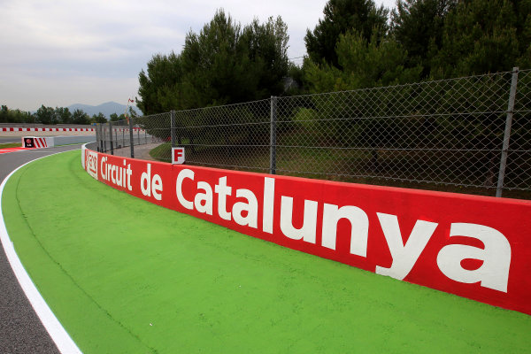 Circuit de Catalunya, Barcelona, Spain 9th May 2013 A barrier at the Circuit de Catalunya. World Copyright: Charles Coates/LAT Photographic ref: Digital Image _X5J6313