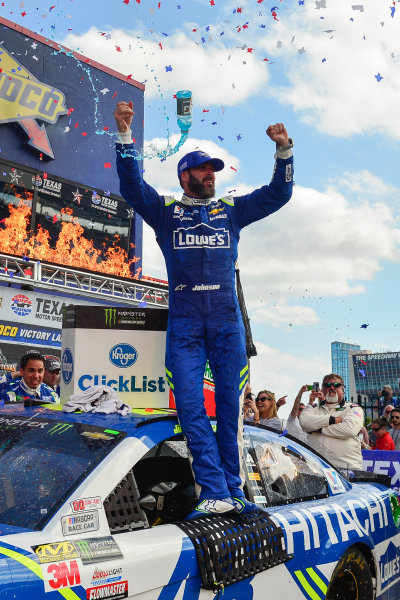 2017 Monster Energy NASCAR Cup Series O'Reilly Auto Parts 500 Texas Motor Speedway, Fort Worth, TX USA Sunday 9 April 2017 Jimmie Johnson celebrates in Sunoco Victory Lane World Copyright: Logan Whitton/LAT Images ref: Digital Image 17TEX1LW3670