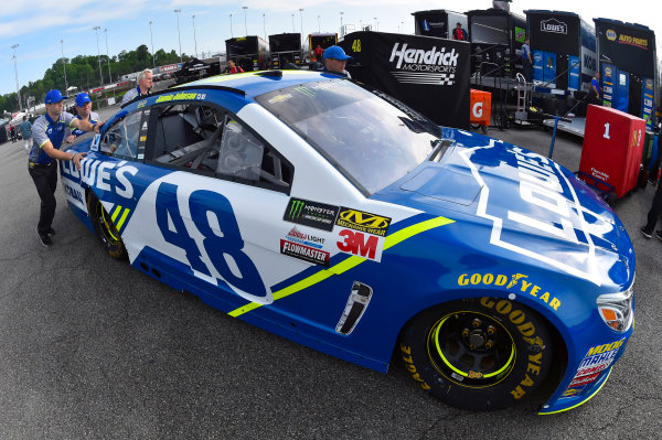 Monster Energy NASCAR Cup Series Toyota Owners 400 Richmond International Raceway, Richmond, VA USA Friday 28 April 2017 Jimmie Johnson, Hendrick Motorsports, Lowe's Chevrolet SS World Copyright: Nigel Kinrade LAT Images ref: Digital Image 17RIC1nk00005