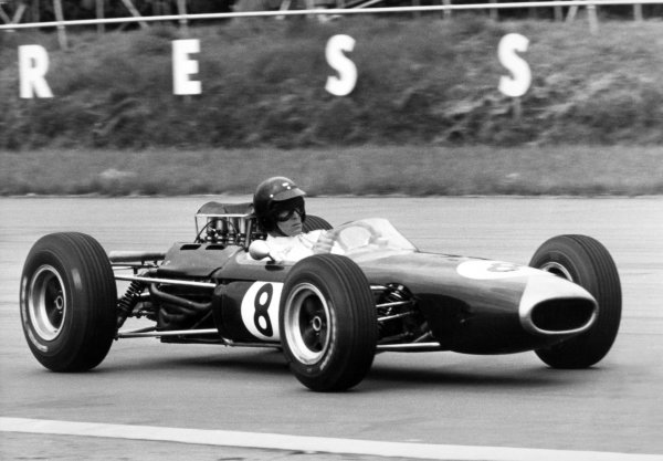 1965 British Grand Prix.Silverstone, Great Britain. 10 July 1965.Dan Gurney, Brabham BT11-Climax, in practice, action. Ref: L65/365/25A.World Copyright: LAT Photographic