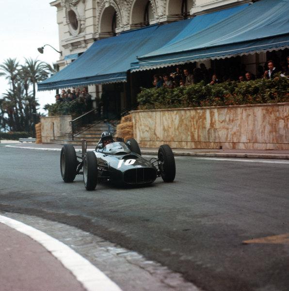 Monte Carlo, Monaco.31/5-3/6 1962.Graham Hill (BRM P57) 6th position.Ref-3/0521.World Copyright - LAT Photographic