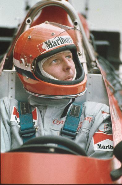 1974 Formula 1 World Championship.Gijs van Lennep (Williams FW-Ford).Ref-V5A 01.World - LAT Photographic