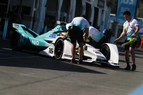 Oliver Turvey (GBR), NIO Formula E Team, NIO Sport 004 is pushed back into the garage
