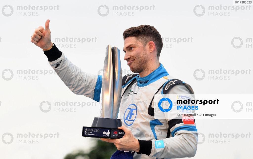 Edoardo Mortara (CHE) Venturi Formula E celebrates 2nd position on the podium