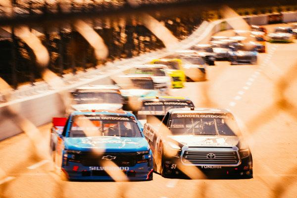#51: Kyle Busch, Kyle Busch Motorsports, Toyota Tundra Cessna, #52: Stewart Friesen, Halmar Friesen Racing, Chevrolet Silverado Halmar International