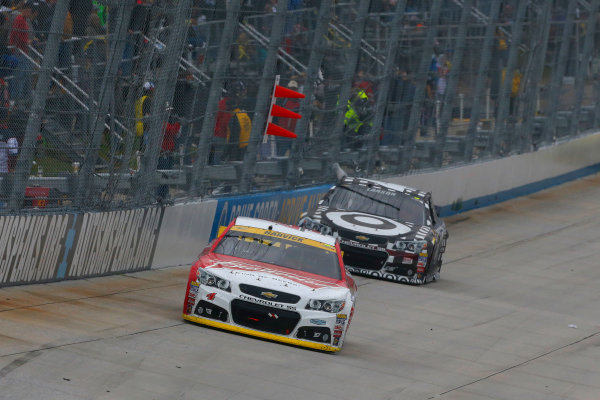 2-4 October, 2015, Dover, Delaware USA Kevin Harvick and Kyle Larson ?2015, Russell LaBounty LAT Photo USA