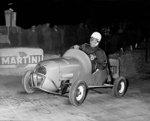 Palais des Sports, Paris, France. 8th April 1959.
