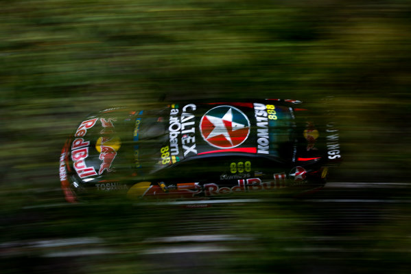 2015 V8 Supercars Round 14. Sydney 500, Sydney Olympic Park, Sydney, Australia. Friday 4th December - Sunday 6th December 2015. Craig Lowndes drives the #888 Red Bull Racing Holden VF Commodore. World Copyright: Daniel Kalisz/LAT Photographic  Ref: Digital Image V8SCR14_SYDNEY500_DKIMG0977.JPG