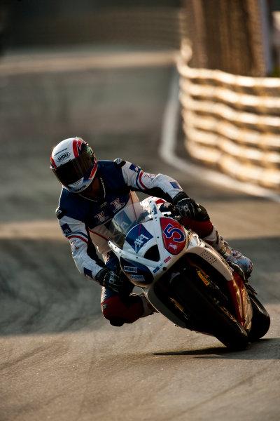 19th - 22nd November 2009. Circuit de Guia, Macau. Amaury Baratin, (Team of Paris - AXA Racing). Action. World Copyright: Drew Gibson/LAT Photographic.ref: Digital Image VY9E0594