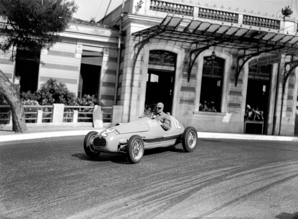 Monte Carlo, Monaco. 16th May 1948.Jean-Pierre Wimille (Simca-Gordini 11), retired, action.World Copyright: LAT Photographic.Ref: C21938.