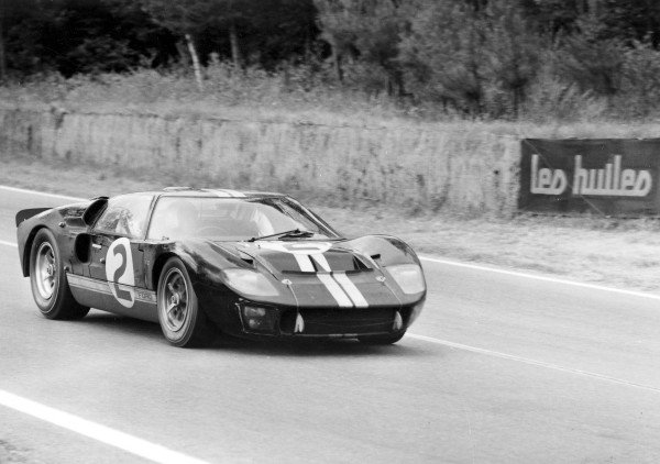 1966 Le Mans 24 HoursLe Mans, France. 22nd June 1966Moment of victory for Fords, the 7 litre Ford GT40 of Bruce McLaren and Chris Amon, crosses the finish line to lead a Ford 1-2-3 result.World Copyright: LAT Photographic.