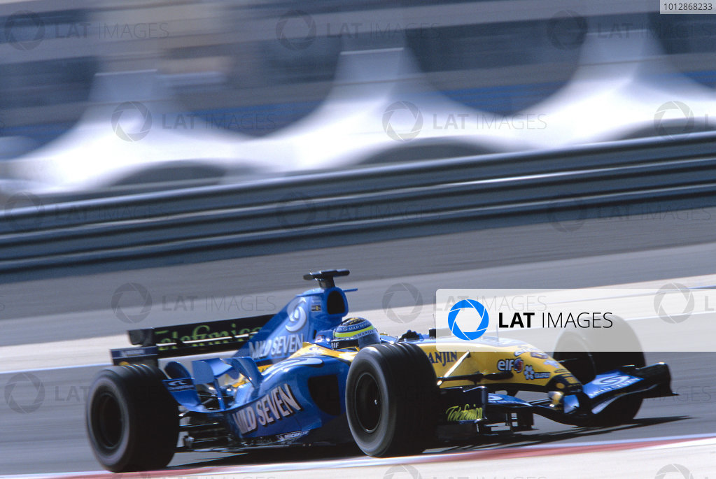 2005 Bahrain Grand PrixSakhir, Bahrain. 1st - 3rd April 2005 Giancarlo Fisichella, Renault R25, action.Photo: Steven Tee/LAT Photographicref: 35mm Image A13