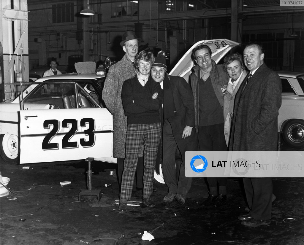 Monte Carlo, Monaco. 17th - 21st January 1963.Left to right: Bo Ljungfeldt, Margaret, Gunnar Haagbom, Peter Jopp, Ann Hall and team manager Jeff Uren stand in front of one of the 3 works entered Ford Falcon Futura Sprint coupes, portrait.World Copyright: LAT PhotographicRef: Autocar Used Pic 11th January 1963, Pg 75.