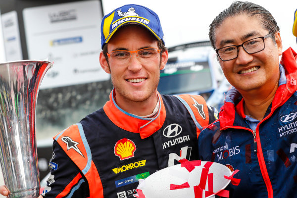 Thierry Neuville all smiles on the podium for Rally Portugal
