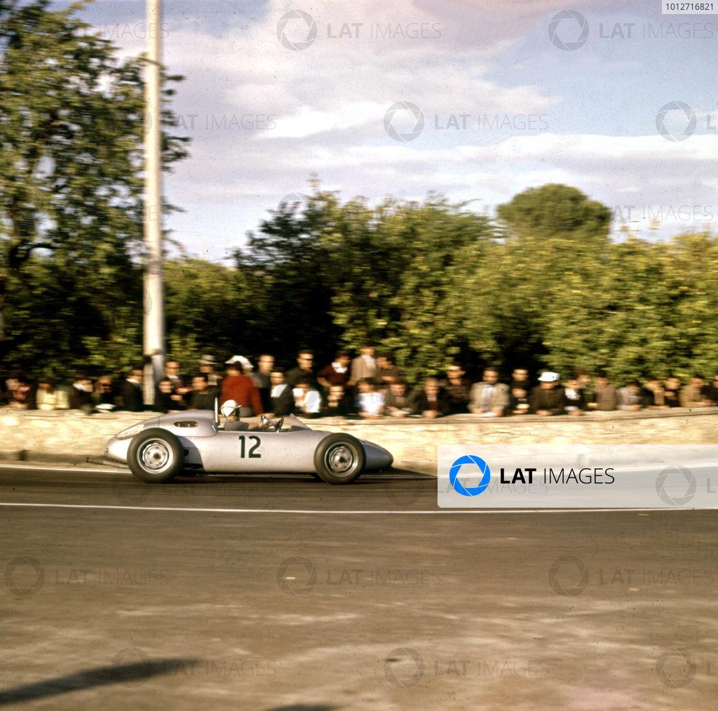 1961 Syracuse Grand Prix.Syracuse, Sicily, Italy.25 April 1961.Jo Bonnier (Porsche 718), 3rd position.Ref-3/0219.World - LAT Photographic