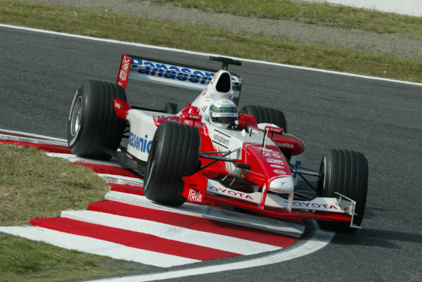 2002 Japanese Grand Prix.Suzuka, Japan.11-13 October 2002.Allan McNish (Toyota TF102).World Copyright - Steve Etherington/LAT Photographicref: Digital Image Only
