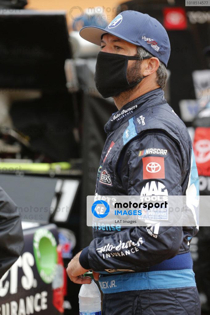 #51: Martin Truex Jr., Kyle Busch Motorsports, Toyota Tundra Auto-Owners Insurance