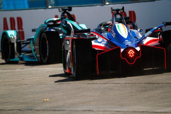 Jérôme d'Ambrosio (BEL), Mahindra Racing, M5 Electro follows Nelson Piquet Jr. (BRA), Panasonic Jaguar Racing, Jaguar I-Type 3