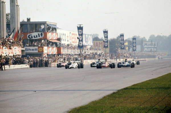 Peter Gethin, BRM P160 leads Ronnie Peterson, March 711 Ford and François Cevert, Tyrrell 002 Ford.