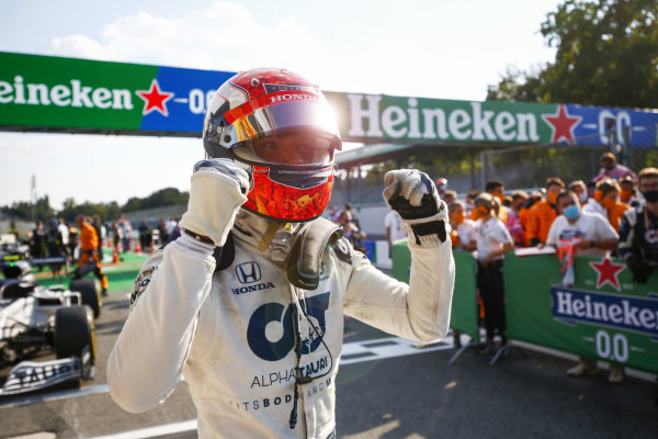 Pierre Gasly, AlphaTauri, 1st position, celebrates his iwn