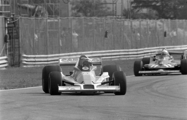 """Gimax"", Williams FW06 Ford, leads Jody Scheckter, Ferrari 312T4."