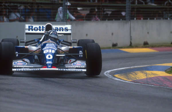 1994 Australian Grand Prix.Adelaide, Australia.11-13 November 1994.Damon Hill (Williams FW16B Renault). He exited the race after he was hit by Michael Schumacher when he made a move to take the lead of the race.Ref-94 AUS 01.World Copyright - LAT Photographic