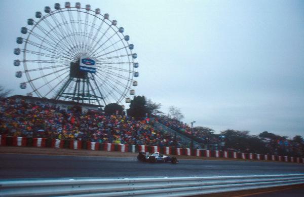 Suzuka, Japan. 4th - 6th November 1994. Damon Hill (Williams FW16B Renault) 1st position.Ref-94 JAP 10.World Copyright - LAT Photographic