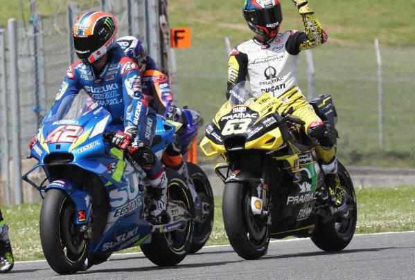 Alex Rins, Team Suzuki MotoGP, Francesco Bagnaia, Pramac Racing.