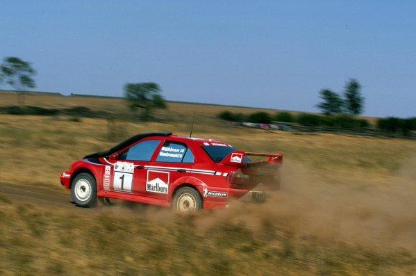 2000 World Rally ChampionshipRound 3, Safari WRC25th - 27th Feb 2000Tommi Makinen, Mitsubushi action.Photo: McKlein/LAT