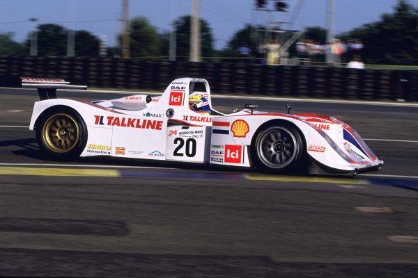 2000 Le Mans 24 Hours.Le Mans, France.17-18 June 2000.Jan Lammers/Peter Kox/Tom Coronel (Lola B2K/10-Ford).World - LAT Photographic
