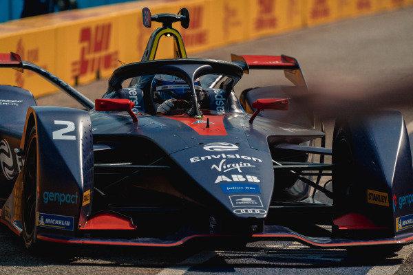 Sam Bird (GBR), Envision Virgin Racing, Audi e-tron FE05 in the pit lane