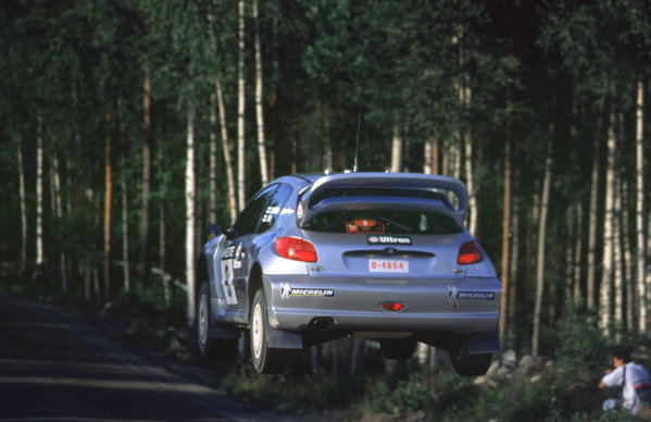 WRC Neste Rally of Finland 200017th - 20th August 2000. Rd 9/13.Tomas Lindholm's Peugeot flies through the air to 5th position.Photo:McKlein/LATRef 35mm A09