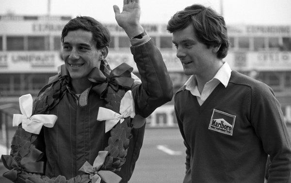 (L to R): Race winner Ayrton Senna (BRA) Rushen Green Racing and Jonathan Palmer (GBR).