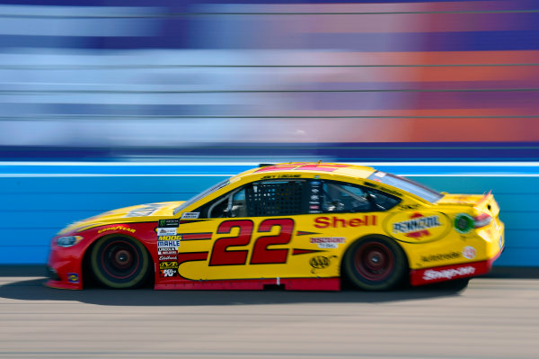 Monster Energy NASCAR Cup Series Can-Am 500 Phoenix Raceway, Avondale, AZ USA Sunday 12 November 2017 Joey Logano, Team Penske, Shell Pennzoil Ford Fusion World Copyright: Nigel Kinrade LAT Images
