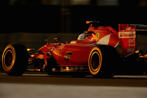 Yas Marina Circuit, Abu Dhabi, United Arab Emirates. Saturday 28 November 2015. Sebastian Vettel, Ferrari SF15-T. World Copyright: Glenn Dunbar/LAT Photographic ref: Digital Image _89P0524