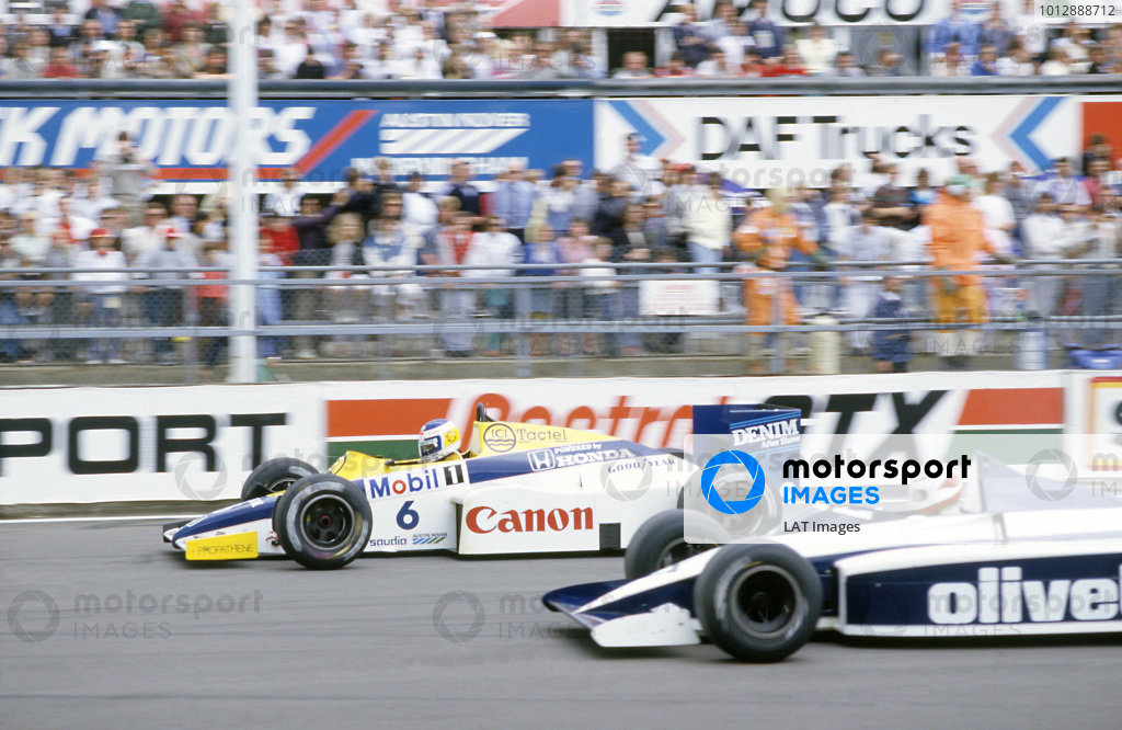 1985 British Grand PrixSilverstone, England Keke Rosberg (Williams FW10 Honda) leads,Nelson Piquet (Brabham BT54 BMW) at the start, after they qualified 1st and 2nd respectively.  Ref: 85GB19. World Copyright: LAT Photographic.
