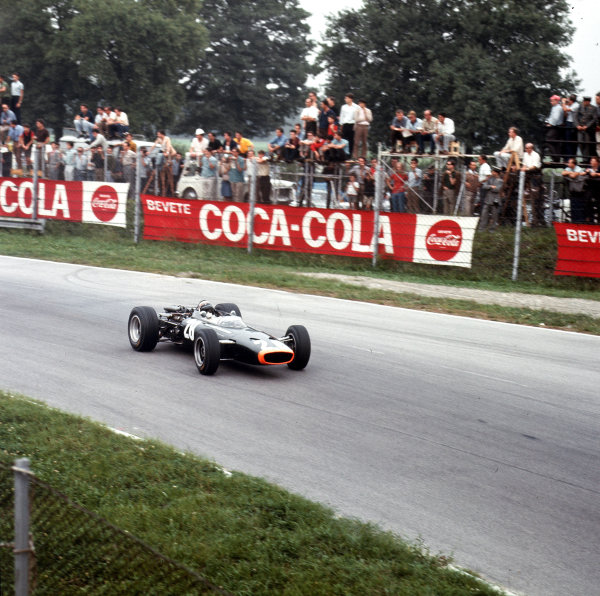 Monza, Italy. 2-4 September 1966.Jackie Stewart (BRM P83).Ref-3/2369A.World Copyright - LAT Photographic