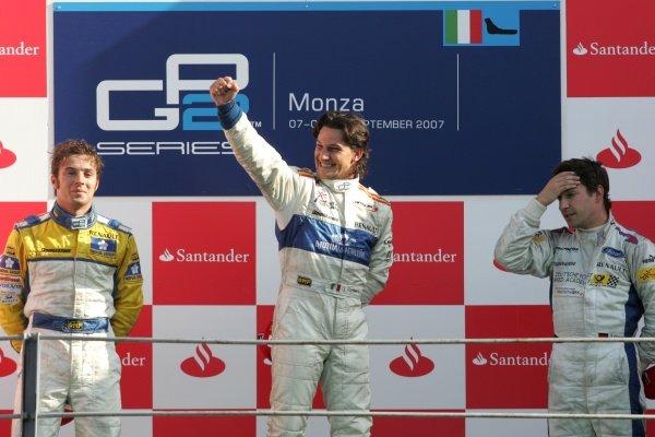 Giorgio Pantano (ITA) Campos Grand Prix celebrates on the podium GP2 Series, Rd 9, Race 1, Monza, Italy, Saturday 8 September 2007.