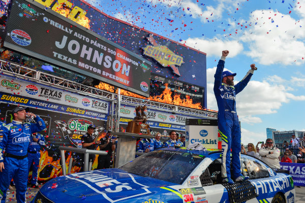 2017 Monster Energy NASCAR Cup Series O'Reilly Auto Parts 500 Texas Motor Speedway, Fort Worth, TX USA Sunday 9 April 2017 Jimmie Johnson celebrates in Sunoco Victory Lane World Copyright: Logan Whitton/LAT Images ref: Digital Image 17TEX1LW3677